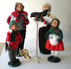 4 byers choice figurines the carolers from