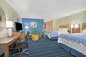 hotelname city hotels ct 06877