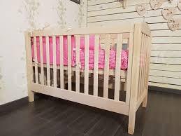 destockage chambre bébé les 25 meilleures idées de la catégorie lit évolutif en bois sur