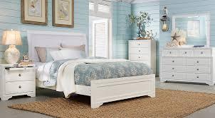 belcourt white 5 pc queen upholstered bedroom queen bedroom sets