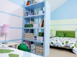 sibling spaces 3 design tips for your kids shared room kid sized design shelving bedroom beauty s4x3 jpg rend hgtvcom