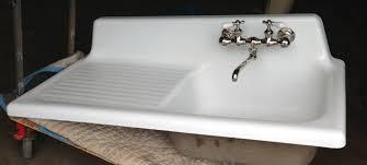 Cast Iron Kitchen Sinks by Cast Iron Kitchen Sinks Homes Design Inspiration