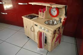 cuisine en bois enfant pas cher fabriquer cuisine bois enfant lzzy co
