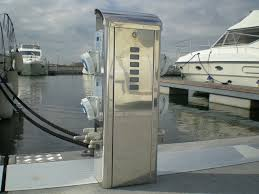 Marine Power Pedestals Electrical Distribution Pedestal With Built In Light For Docks