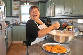 cuisine tv oliver in the kitchen with the laughing chef she s nunavut s answer to