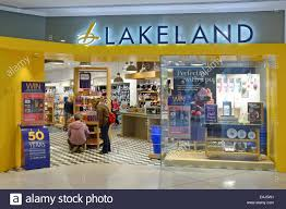 lakeside shop stock photos u0026 lakeside shop stock images alamy