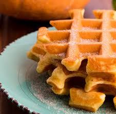 thanksgiving breakfast pumpkin waffles and maple