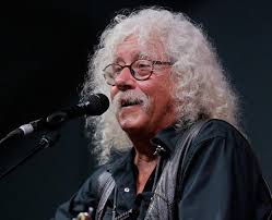 arlo guthrie performs at the tabernacle the martha s