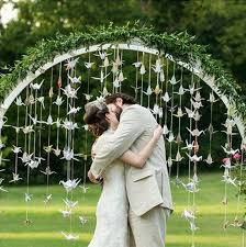 wedding arches calgary arco di fiori matrimonio origami gru wedding arch wedding