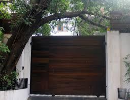 Aamir Khan Home Aamir Hrithik Ranbir Farhan Posh Celebrity Houses Rediff Com