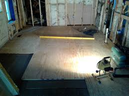 Leveling Floor For Laminate Floor Leveling With Strips I Think I Master It Framing