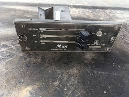 used mack trucks used a c and heat temperature control panel for a mack truck for