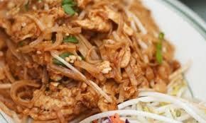 recette de cuisine thailandaise nid de poulet thaïlandais pad thaï le poulet du québec