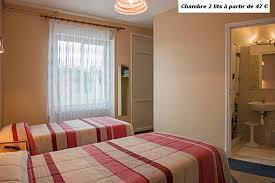 chambre 2 lits hôtel le pasteur situé proche du marché central au cœur de royan