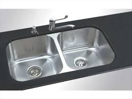 Granite Undermount Kitchen Sinks by Undermount Kitchen Sink Installation Granite Countertop Youtube