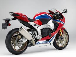 honda u0027s new cbr1000rr sp is 33 pounds lighter and 10 horsepower