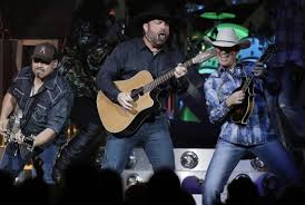kc concert tickets on sale april 7 garth brooks journey with