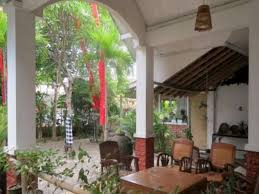 Building A Guest House In Your Backyard Best Price On Rumah Eyang Guest House In Yogyakarta Reviews