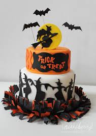 Spider Halloween Cake by Halloween Cakes Dr Odd