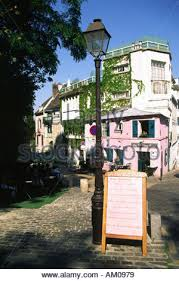 bureau de change montmartre cafe bar restaurant la maison the pink house montmartre