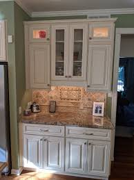 lights kitchen cabinets battery operated what s the best cabinet lighting