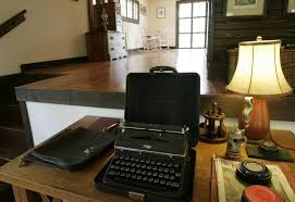 Hemingway Desk Oak Park Home Among 5 Hemingway Haunts
