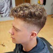 haircuts for male runners pin by derrick rogers on hair pinterest haircuts