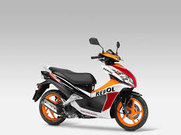 honda cbr range new repsol colours and more for 2015 honda motorcycle range