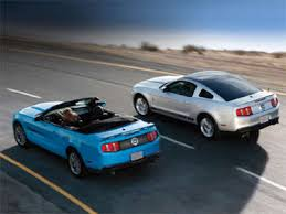 2012 mustang v6 hp 10 things you need to about the 2012 ford mustang autobytel com