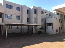 2 Bedroom Flat In Johannesburg To Rent Norwood Johannesburg Property Apartments Flats To Rent In