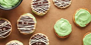 these super easy halloween cookies are so cute it u0027s scary
