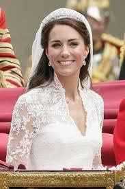 kate middleton wedding tiara kate middleton wedding tiara vogue 19oct15 getty b 426x639