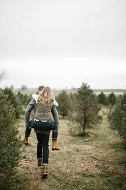 felicia scott a christmas tree farm engagement u2014 alyssa