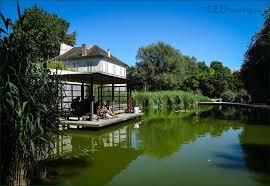 photos de pergola hd photos of the jardin yitzhak rabin gardens in parc de bercy paris