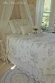 Best 25 Blue And White Bedding Ideas On Pinterest Blue Bedding