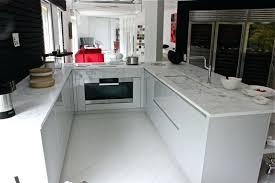 cuisine marbre blanc cuisine marbre plan de travail cuisine marbre blanc theedtechplace