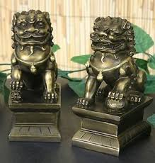 small foo dogs small pair of asian foo dogs fu dog collectible