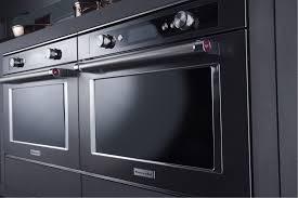 l essentiel de la cuisine par kitchenaid black is back le côté raffiné de la cuisine site officiel kitchenaid
