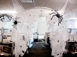 office halloween spider hole halloween haunts pinterest