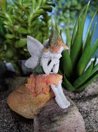 our favorite fairy garden accessories flea market gardening