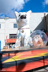 2008 macy s thanksgiving day parade float and balloon testing