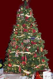 perfect harmony on the christmas tree mommy 2k
