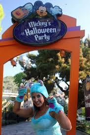 mickey u0027s halloween party disneyland style the main street mouse