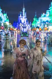 disney world just got a spook tastic halloween makeover