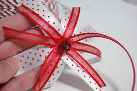 make bow for ornament the ornament