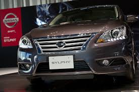 nissan sylphy 2016 sylphy comes home to japan