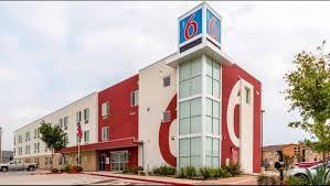 family garden inn laredo tx motel 6 laredo airport hotel in laredo tx 54 motel6 com