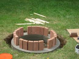 How To Make A Outdoor Fireplace by How To Build A Outdoor Fire Pit With Brick Home Outdoor Decoration