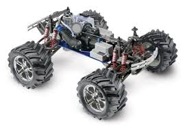 monster truck rc nitro amazon com traxxas t maxx 4wd monster truck 1 10 scale toys u0026 games