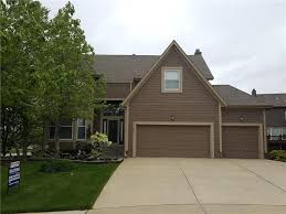 Overhead Door Olathe Ks by 14301 Bond St Overland Park Ks 66221 Mls 2036180 Redfin